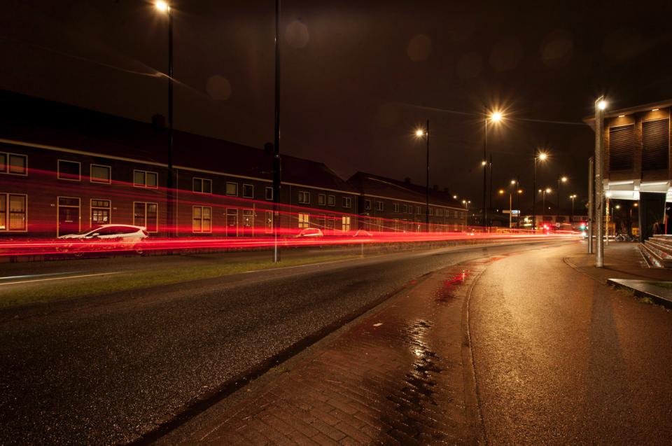 Avondfotografie-lichtsporen-Strijp-S